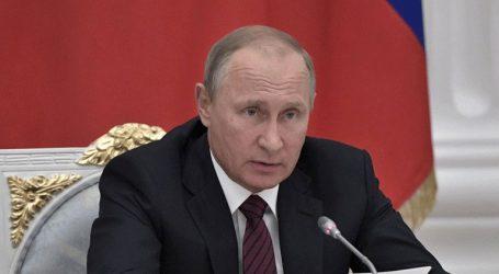 «Η Μόσχα θα απαντήσει στην αποχώρηση των ΗΠΑ από τη Συνθήκη για τα πυρηνικά όπλα μέσου βεληνεκούς»