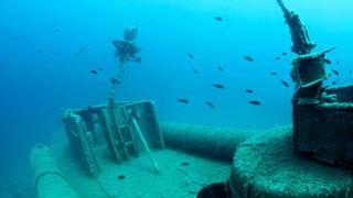Ρωμαϊκά, αρχαιοελληνικά και νεότερα ναυάγια λεηλατούνται από αρχαιοκάπηλους ανοιχτά των αλβανικών ακτών