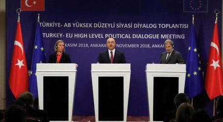 Ευρωπαϊκή διγλωσσία με την Τουρκία