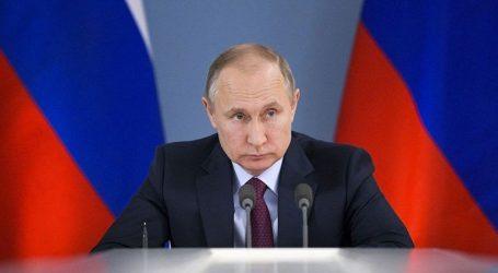 Το 61% θεωρεί τον Πούτιν αποκλειστικά υπεύθυνο για τα προβλήματα της χώρας