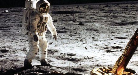 Ο επικεφαλής της Roscosmos θέλει να ελέγξει αν οι Αμερικανοί πάτησαν όντως στη Σελήνη