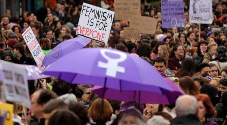 Χιλιάδες διαδηλωτές διαμαρτυρήθηκαν για τη βία κατά των γυναικών