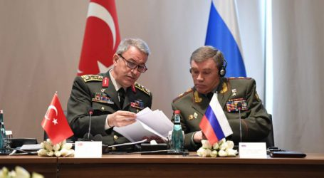Τηλεφωνική επικοινωνία των ΥΠΑΜ Τουρκίας και Ρωσίας για τις εξελίξεις στο Ιντλίμπ
