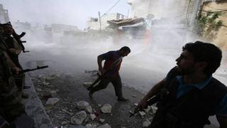 Δεκάδες νεκροί στις συνεχιζόμενες σφοδρές συγκρούσεις στην επαρχία Ντέιρ Εζόρ