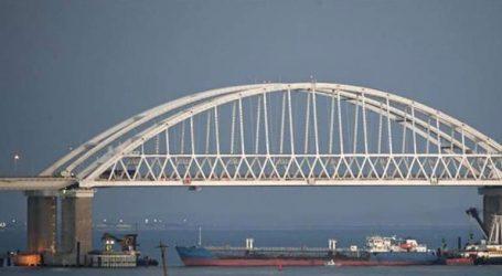 Τα ουκρανικά πλοία στον Πορθμό Κερτς αγνόησαν προειδοποιητικές βολές
