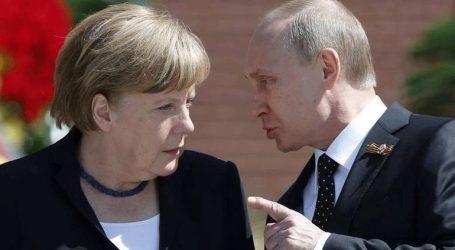 O Πούτιν προέτρεψε τη Μέρκελ να πιέσει το Κίεβο να μην πάρει «απερίσκεπτες αποφάσεις»