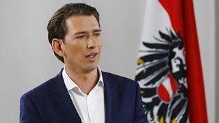 Στον Αυστριακό καγκελάριο Κουρτς αφιερώνει το εξώφυλλό του το περιοδικό «Time-Magazine»