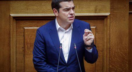 Σύγκρουση Τσίπρα – Μητσοτάκη στη Βουλή για τη συνταγματική αναθεώρηση