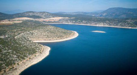 Η λίμνη που βοήθησε να σπάσει η «κατάρα» του Ποσειδώνα στην Αθήνα