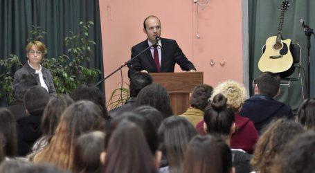 Σε μαθητική εκδήλωση ο Γ. Καλτσογιάννης