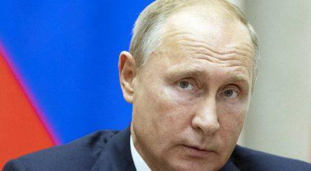 Η Ρωσία δεν απομακρύνεται από το δολάριο, το δολάριο απομακρύνεται από εμάς