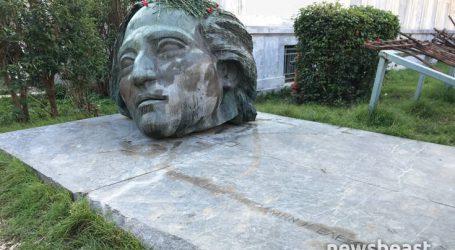 Άνοιξαν οι πύλες του Πολυτεχνείου για τις τριήμερες εκδηλώσεις μνήμης της εξέγερσης