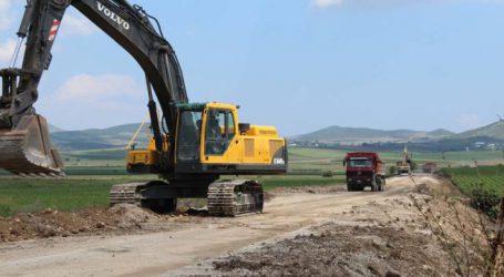 Έργα αγροτικής οδοποιίας στον Τύρναβο από την Περιφέρεια