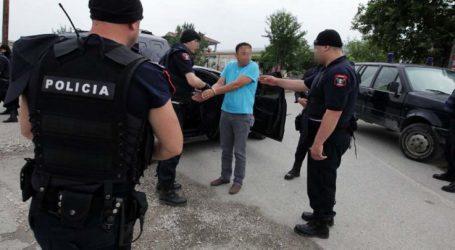 """Καταγγελία για κηδεία Κατσίφα: Έμειναν στα σύνορα με Αλβανία πέντε Λαρισαίοι – """"Μας κοίταξαν στο πρόσωπο και μας έκοψαν…"""""""