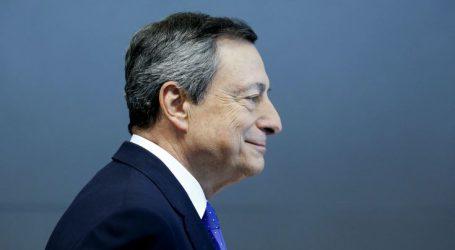Κεκλεισμένων των θυρών συνάντηση Ντράγκι με τον Ιταλό υπουργό Οικονομικών