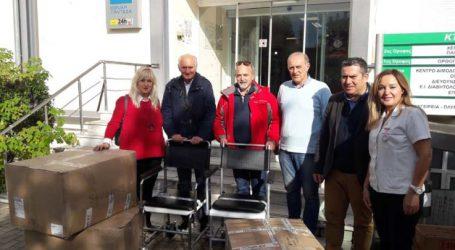 Νοσηλευτικό υλικό σε ΓΝΛ και Γηροκομείο δώρισαν οι Ενεργοί Πολίτες Λάρισας