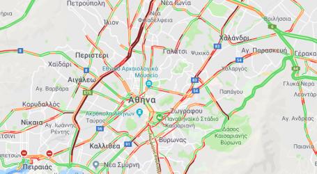 Σοβαρά κυκλοφοριακά προβλήματα στους δρόμους της Αττικής