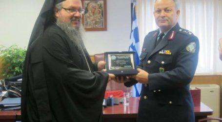Εθιμοτυπική επίσκεψη του νέου Μητροπολίτη Λαρίσης και Τυρνάβου στο Αστυνομικό Μέγαρο Λάρισας