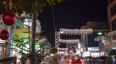 Σε… Χριστουγεννιάτικους ρυθμούς το κέντρο της Λάρισας – Ξεκίνησε ο στολισμός