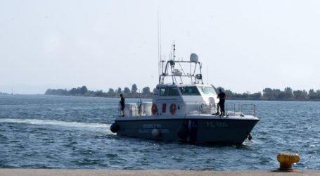 Πάνω από 100 μετανάστες σε παραλία της Ηλείας
