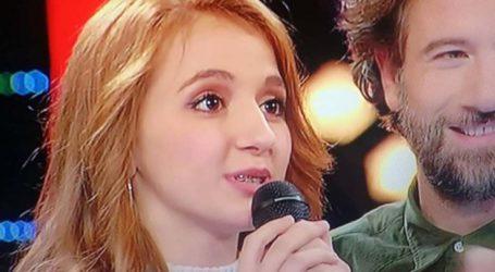 """Μια 17χρονη Λαρισαία σοπράνο τους τρέλανε όλους στο «The Voice"""" – Η Παπαρίζου της φιλούσε τα χέρια (φωτο – βίντεο)"""