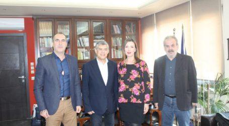 Συνάντηση του Περιφερειάρχη Θεσσαλίας με την Πρόεδρο της ΠΟΕΣΥ και τον Πρόεδρο της ΕΣΗΕΘΣτΕΕ
