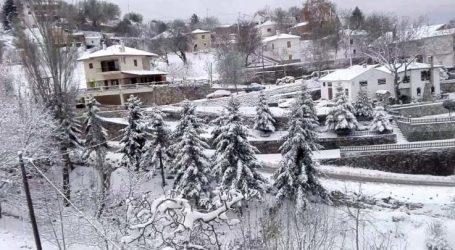 Μαγευτικό βίντεο: Στους 15 πόντους το χιόνι στη Σπηλιά Κισσάβου