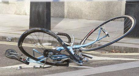Ποδηλάτισσα έχασε την όσφρησή της όταν χτύπησε σε πόρτα φορτηγού