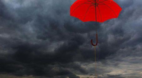 Βροχές και καταιγίδες σήμερα