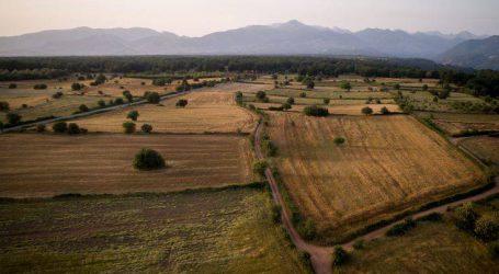 Ποιοι μπορούν να αγοράσουν χωράφια με 5 ευρώ το στρέμμα