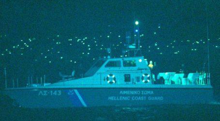 Πλοίο προσέκρουσε σε καταμαράν στο Πέραμα