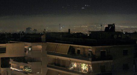 «Πνίγεται» στην αιθαλομίχλη ο Βόλο τα βράδια