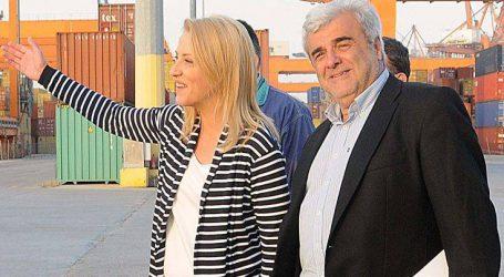 Επίσκεψη Δούρου στον χώρο που θα γίνει η νέα κλειστή αγορά στον Πειραιά