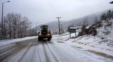 Ο χιονιάς που τρέχει με 50 χλμ./ώρα και θα παγώσει όλη τη χώρα