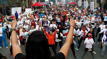 Εκατοντάδες γυναίκες συμμετείχαν σε αγώνα δρόμου στο Κάιρο για την εξάλειψη της βίας