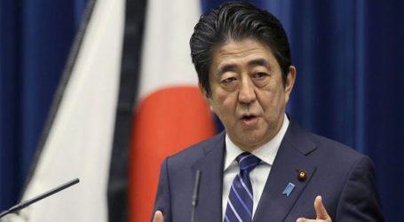 Ο Ιάπωνας πρωθυπουργός είπε στην Μέι να μην αποχωρήσει από την ΕΕ χωρίς συμφωνία