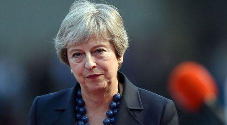 Νέα κόντρα Μέι – αντιπολίτευσης για το Brexit