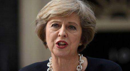 Το Λονδίνο δεν θα ανακαλέσει το Άρθρο 50