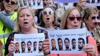 Στα μαλακά κατηγορούμενοι για βιασμό με απόφαση ισπανικού δικαστηρίου