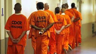 Σχεδόν ένας στους δύο Αμερικανούς είχε ένα μέλος της οικογένειάς του στη φυλακή