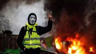 Σε κατάσταση συναγερμού η γαλλική κυβέρνηση για τα «κίτρινα γιλέκα»