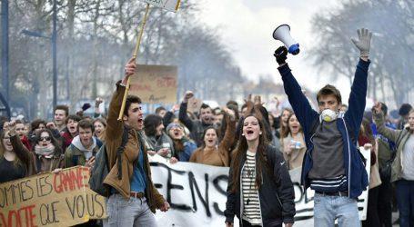 Νέες συλλήψεις μαθητών μετά από επεισόδια σε διαδήλωση στη Λιόν