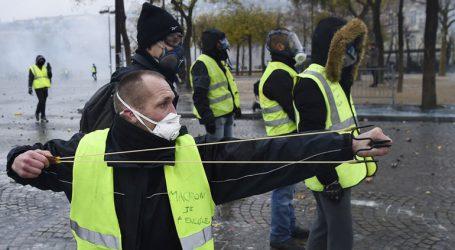 """Παρίσι: Πόλη σε κατάσταση """"πολιορκίας"""""""