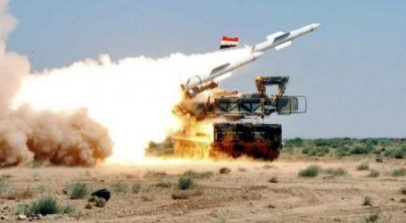 """Η συριακή αεράμυνα αναχαίτισε """"εναέριους εχθρικούς στόχους"""""""