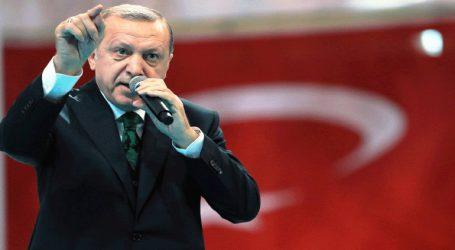 Ο Ερντογάν κατηγορεί τους υποστηρικτές των ανθρωπίνων δικαιωμάτων ότι κλείνουν τα μάτια