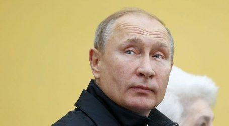 Η απάντηση του Κρεμλίνου για την ταυτότητα του Πούτιν που βρέθηκε στα αρχεία της Stasi
