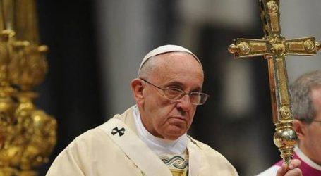 Απομακρύνθηκαν σύμβουλοι του Πάπα που εμπλέκονται σε σκάνδαλα σεξουαλικής κακοποίησης