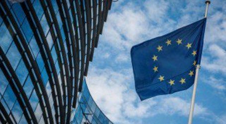 Τη βομβιστική επίθεση κατά του ΣΚΑΪ καταδικάζει η Ευρωπαϊκή Επιτροπή