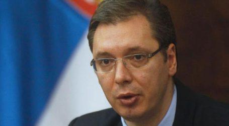Ο Τραμπ προτρέπει τον πρόεδρο της Σερβίας να προχωρήσει σε μια «ιστορική συμφωνία» με το Κόσοβο