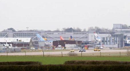 Το αεροδρόμιο Gatwick δεν θα επαναλειτουργήσει πριν από το πρωί της Παρασκευής